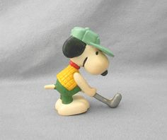 1966 united features china ornament snoopy playing golf - mine has yellow cap and blue sweater