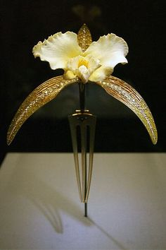 Rene Lalique - orchid comb
