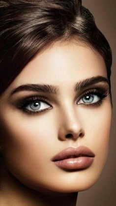 Most Beautiful Eyes, Stunning Eyes, Beautiful Girl Photo, Beautiful Women Pictures, Model Face, Beauty Shoot, Flawless Face, Cute Beauty, Tips Belleza
