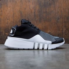 Shopping For Men's Sneakers. Are you looking for more info on sneakers? In that case just click right here for more info . Mens Sneakers You Can Dress Up Sneakers N Stuff, Casual Sneakers, Sneakers Fashion, Adidas Sneakers, Yellow Sneakers, Sneakers Design, Summer Sneakers, Sneakers Women, Mens Trainers