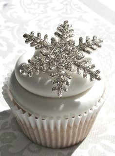 Cupcake. Winter. White. Sparkle.