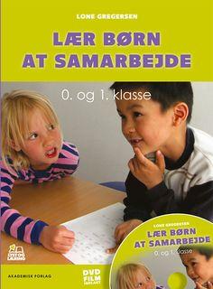 'Lær børn at samarbejde - 0. og 1. klasse' giver lærere, pædagoger og studerende konkret vejledning i, hvordan børn kan lære den svære kunst at være i en klasse og samarbejde i en undervisningssituation. Bogen indeholder en dvd med autentiske situationer fra en 0. klasse, hvor læreren benytter metoden. Bogen tager konkret fat, men den er baseret på grundige undersøgelser og forskningsresultater. Teachers Toolbox, Teacher Binder, Kindergarten Class, Work Inspiration, Learn To Read, Teamwork, Classroom Management, Children, Kids