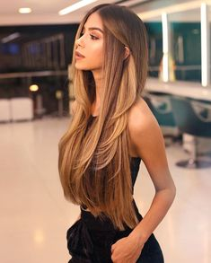 Pin by taylor on beauty in 2019 balayage hair, hair styles, dyed hair. Balayage Long Hair, Ombre Hair, Long Hair Highlights, Balayage Hairstyle, Brown Blonde Hair, Brunette Hair, Golden Brown Hair, Blonde Honey, Medium Blonde