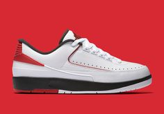 Air Jordan 2 Retro Low in Classic Chicago Colors for May 2016 620a36217