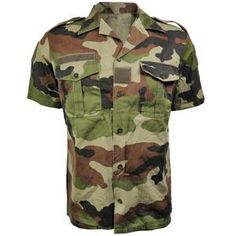 French Short-Sleeve CE Camo Shirt In the the French. Mesh T Shirt, T Shirt And Shorts, Battle Dress, Desert Camo, Army Surplus, Camo Shirts, Girl Blog, Outdoor Outfit, Burn Calories