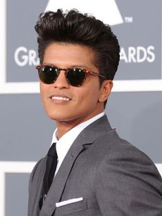 Bruno Mars | Guys lookin like they're from before the 50s <3 - my favorite look for him