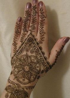 mehndi. makes me miss India so much!
