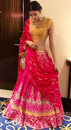 Celebrity trends at sajsacouture@gmail.com