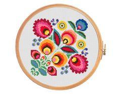 Moto de verano con la cesta en colores por PatternsCrossStitch