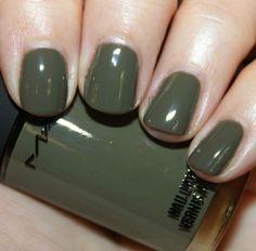 army green nails!