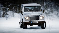 Having fun on the snow, of course in a Land Rover!