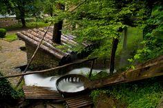 "The Etar Architectural-Ethnographic Complex (Bulgarian: Архитектурно-етнографски комплекс ""Етър"", usually referred to as Етъра, Etara) near Gabrovo"