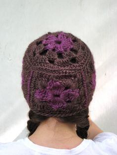 Granny Square Beanie - A Free Crochet Hat Pattern
