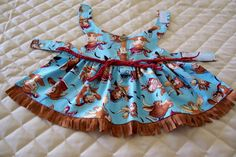 XS-S Rodeo Dog Dress Bulls Buttons Suede Fringes Pets Clothing