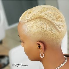 Dope cut, color and style ✂️👌🏾 Blonde bombshell by 💛 Would you rock it? Short Sassy Hair, Girl Short Hair, Short Hair Cuts, Curly Hair Styles, Natural Hair Styles, Shaved Hair Designs, Short Black Hairstyles, Girl Hairstyles, Ponytail Hairstyles