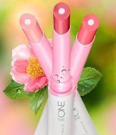 Som ett spa för läpparna! Intensivt vårdande läppbalsam med två lager, SPF 8 och en snygg touch av färg. Mjukgör, återfuktar och gör dina läppar smidiga. Med AquaCare Conditioning Complex, rapsolja och nyponfröolja.