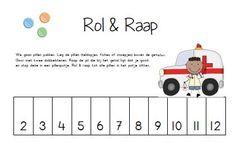 Rol & Raap - Pillen  Oefen de getalbeelden op de dobbelsteen en de getalsymbolen met dit spel.  De kinderen leggen pillen (teldopjes, fiches of snoepjes) boven de getallen op het spelblad. Ze gooien met de dobbelsteen en rapen de pil die bij het getal ligt dat ze gooien. Deze pil stoppen ze in een pillenpotje. Ambulance, 1, Teaching, Words, School, Binder, Index Cards, Fire Department, Schools