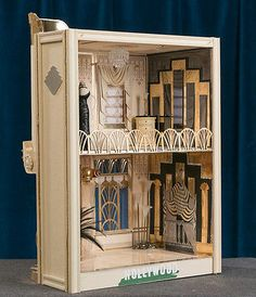 Art Deco Hollywood Dollhouse with Bespaq Furniture and Mannequins 1 12 Scale | eBay (jt- interior of the Art Deco house designed by Ron Mummert. Finished/decorated as a Club project. pic 2/2)