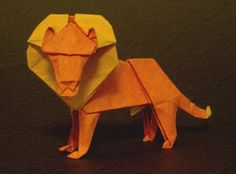 Origami Lions and the books showing you how to make them. Learn more on Gilad's Origami Page. Origami And Quilling, Origami Paper Art, Oragami, Paper Crafts, Origami Flowers, Quilling Art, Origami Lion, Easy Origami Animals, 3d Origami