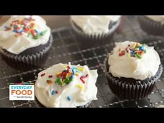 Awesome  Chocolate Cupcakes with Easy White Icing