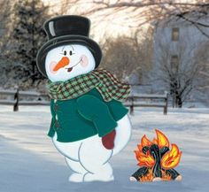 "Plywood Christmas Yard Decoration Patterns | ... plywood and our full-size pattern. Snowman is 38"" tall X 21"" wide"
