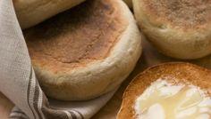 """750g vous propose la recette """"Muffins anglais"""" notée 4.4/5 par 41 votants."""