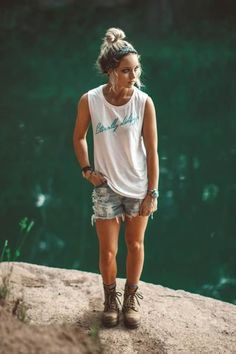 Literally hiking, obviously. Lightweight and drapey white muscle tank. Poly/viscose construction, complete with a neon blue design reminiscent of the Tahnee is wearing a small and Hailey is we Hiking Boots Outfit, Cute Hiking Outfit, Hiking Outfits, Summer Camping Outfits, Hiking Boots Women, Hippie Style, My Style, Wild Style, Casual Skirt Outfits