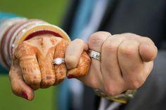 Indian Engagement Photos, Indian Wedding Poses, Indian Wedding Couple Photography, Punjabi Wedding, Indian Wedding Pictures, Gujarati Wedding, Sikh Wedding, Bridal Pictures, Indian Weddings