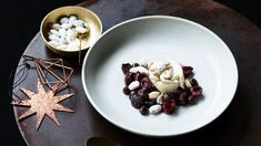 Mascarpone cream, roast cherries with Christmas spices and candied almonds