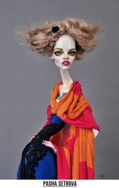 "Pasha Setrova sculpture ""do it yourself"" Vivienne Westwood #contemporaryArt #art…"