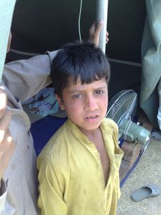 Thousands who have #fled across the #border from #Pakistan's #NorthWaziristan region into neighbouring #Afghanistan are receiving #humanitarianaid from communities and #NGOs.