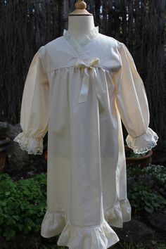 Little Girls Old Fashion nightgown with by heartsandhome on Etsy, $45.00