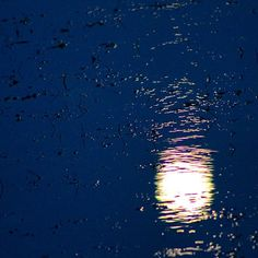 #moon #night #nighttime #nightsky #reflection #water #sea #ocean #beach #dark #ripples #nofilter #nofilters #easternbeach #Australia by talsteibanana http://ift.tt/1JtS0vo