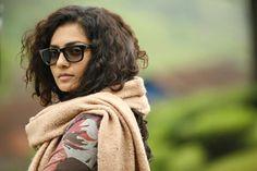 Beautiful Parvathy in Charlie-2621 Charlie Malayalam movie 2015 stills-Dulquer Salman,Parvathy