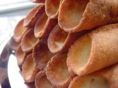 Als je geen gelegenheid hebt om de Cannoli zelf te bakken kun je altijd de Cannoli kopen in Italiaanse speciaalzaken of Kletskoppen gebruiken, de vulling is...