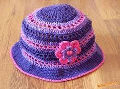 fialovo ružový klobouček