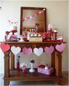 Are you going to have a party on Valentine's Day? if yup, here are Valentine's Party Decorations Ideas for you. Almost inseparable colors for parties on Valentine&… Valentines Decoration, Fun Valentines Day Ideas, Valentines Day Photos, Valentine Day Love, Valentine Day Crafts, Valentine Table Decor, Valentine Party, Valentines Day Decor Classroom, Funny Valentine