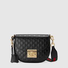 a455838462a8 Gucci - Padlock Gucci Signature leather shoulder bag  Guccihandbags Sac  Tendance, Sac À Main