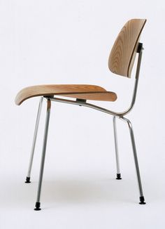 Charles Eames (American, 1907–1978), Ray Eames (American, 1912–1988). Side Chair (model DCM). Evans Products Co., Molded Plywood Div., Venice, CA. 1946. Molded ash plywood, steel rod, and rubber shockmounts.