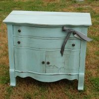 Vintage dresser with vintage map-lined drawers. I think I just found my dream furniture.