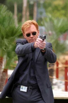 Horatio and His Gun pg#2 - CSI Miami Division Miami, Series Movies, Tv Series, Les Experts Miami, Csi Crime Scene Investigation, David Caruso, Streaming Tv Shows, Criminal Minds Cast, Cop Show