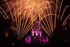 Fireworks Friday. Wishes, Cindarella Castle, The Magic Kingdom, Walt Disney World. #Disney, #Fireworks, #Castle #WaltDisneyWorld #Studio2719