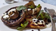 Grilled mushrooms with garlic, tahini and haloumi.
