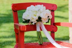 bab2ca20916d 42 Best Peonies Bridal Bouquets images in 2019