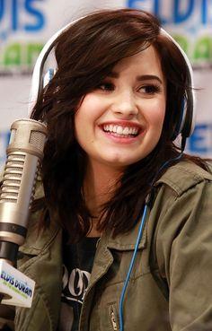 Demi Lovato Photos   Pictures of Demi Lovato   MTV