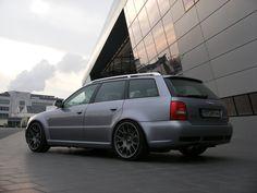 Audi RS4 B5.
