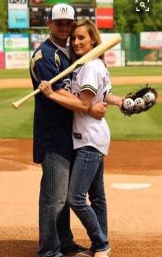 Baseball Engagement Photo- Milwaukee Brewers, Steven Halcomb & Cacey Sanders June On 3 Photography, McAlester OK Baseball Couples, Baseball Girlfriend, Baseball Proposal, Sports Engagement Photos, Engagement Shoots, Wedding Engagement, Softball Wedding, Sports Wedding, Wedding Wishes