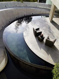 Garten Schwimmbecken minimalistisch - which must mean stunning! Water Architecture, Architecture Design, Outdoor Pool, Outdoor Spaces, Outdoor Living, Moderne Pools, Pool Water Features, Dream Pools, Swimming Pool Designs