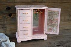 Pink toile jewelry box