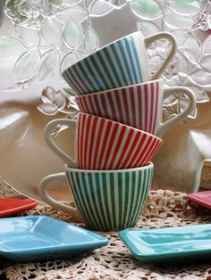 4 striped espresso Cups and Saucers LBVYR by lapetitetrouvaille, €34.50